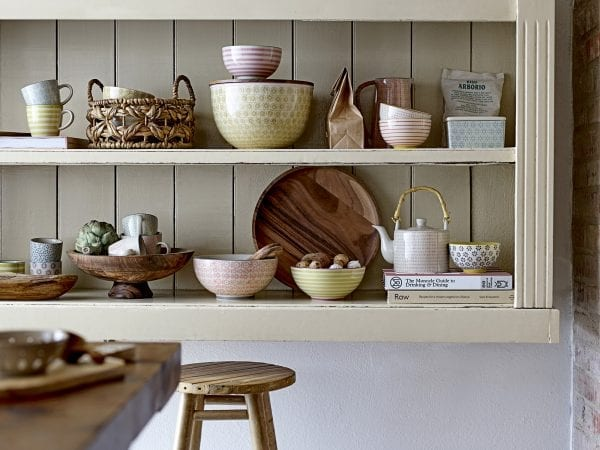 pedestal-fruit-bowl-mango-wood-kitchen-tableware-bloowingville