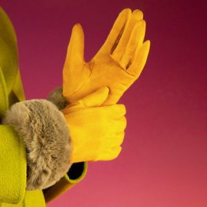bettina-fuax-suede-gloves-mustard-mink